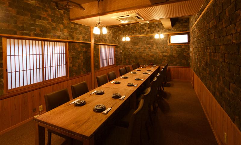 テーブル個室は接待、会食にも。